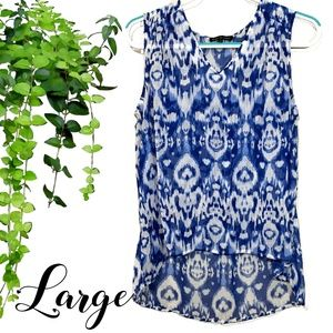 Violet & Claire Blue Abstract Print Top Size Large
